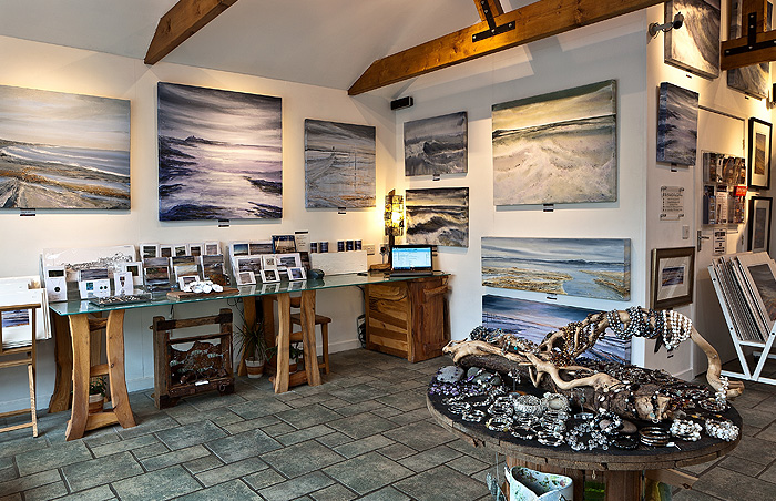 mick oxley gallery, craster